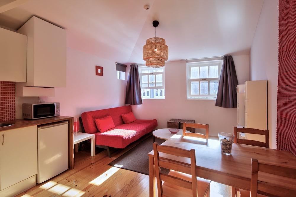 Foto 11 - Aparthotel Oporto Entreparedes - free breakfast & parking