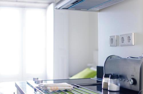 Foto 3 - Apartamentos By Clerigos - Studios