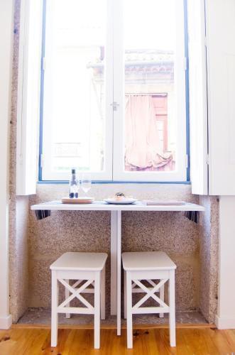 Foto 12 - Apartamentos By Clerigos - Studios