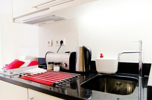 Foto 10 - Apartamentos By Clerigos - Studios