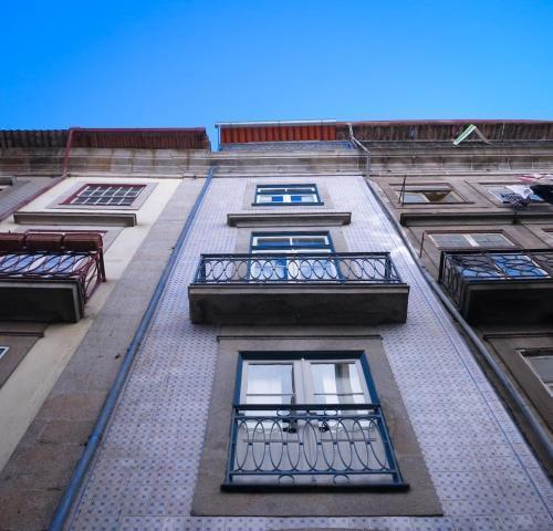 Foto 8 - Apartamentos By Clerigos - Studios