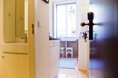 Foto 23 - Apartamentos By Clerigos - Studios