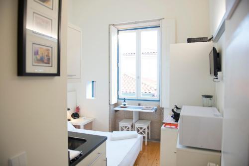 Foto 11 - Apartamentos By Clerigos - Studios