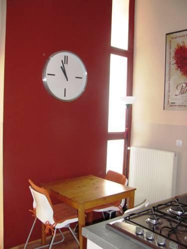 Foto 4 - Castle View Apartment