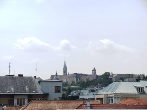 Foto 9 - Castle View Apartment