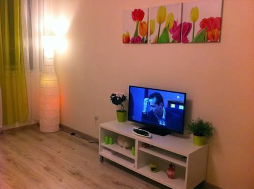Photo 16 - Greendream Apartment