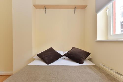 Photo 4 - Chancery Lane Apartments