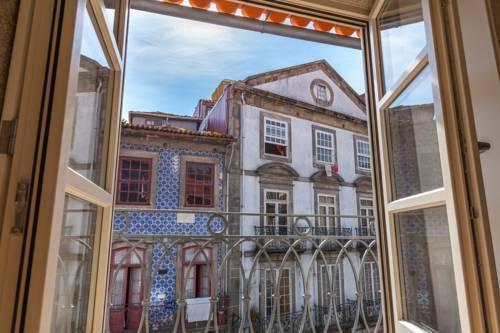 Photo 15 - Oporto Invite - Taipas (Historical Centre)