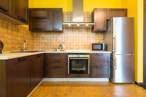 Photo 4 - Cosy apartment on Profsoyuznaya