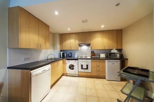 Foto 20 - Riverside Apartment