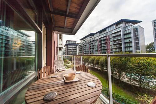 Foto 25 - Riverside Apartment