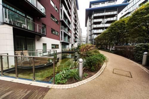 Foto 6 - Riverside Apartment