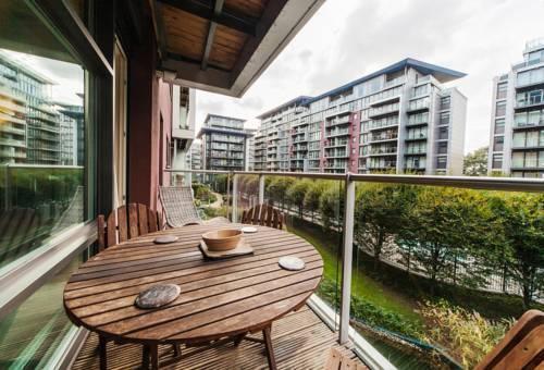 Foto 7 - Riverside Apartment
