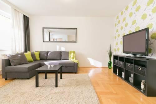 Photo 14 - Gozsdu Court Premier Apartment