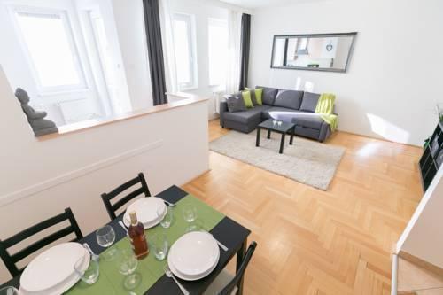 Photo 25 - Gozsdu Court Premier Apartment