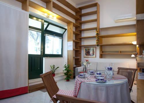 Photo 2 - Kamenita Apartment