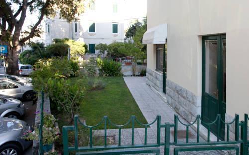 Photo 3 - Kamenita Apartment