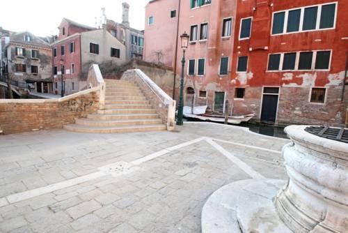 Photo 15 - Grifone Santa Croce Train Station