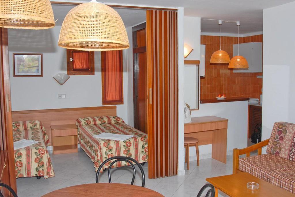 Foto 19 - Apartamentos del Rey