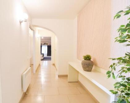 Foto 2 - Mirador 3-Bedroom Apartment