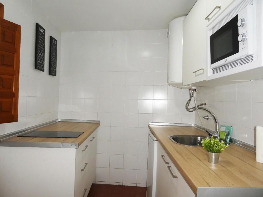 Foto 8 - Apartamentos Nahira Suites 3000