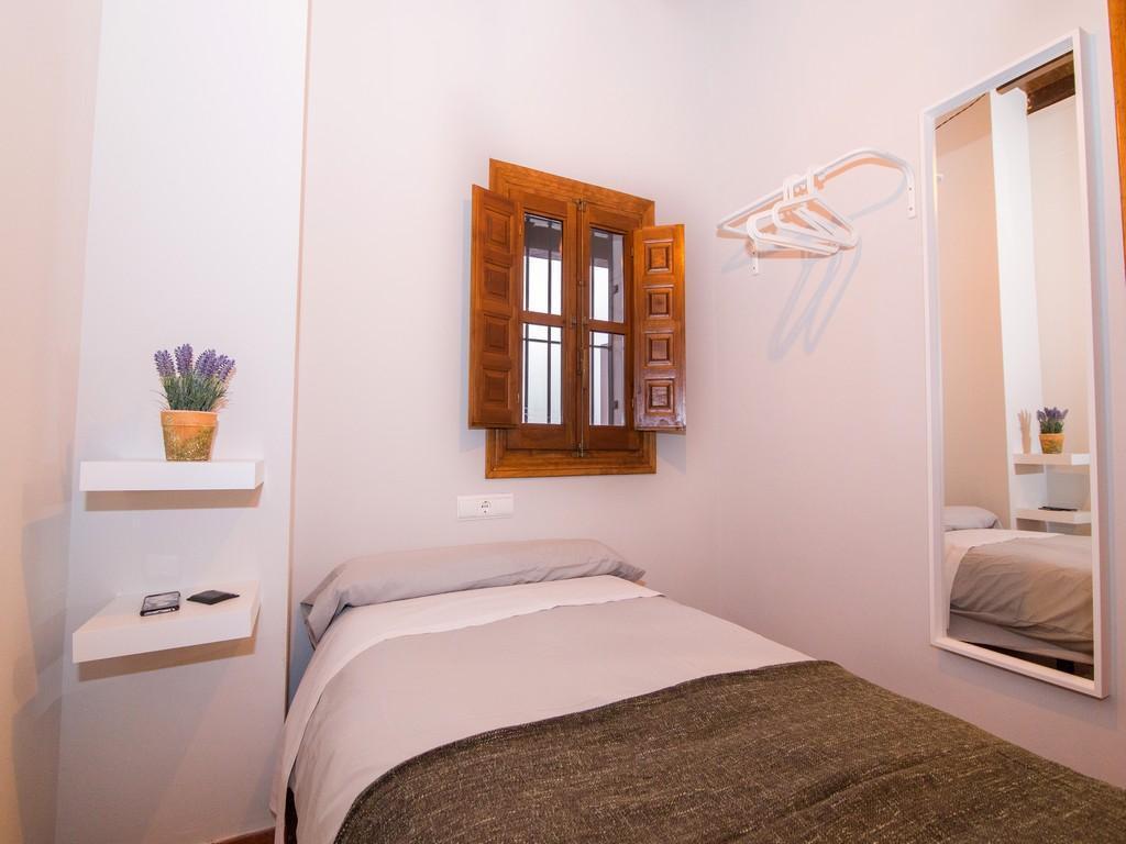 Foto 3 - Apartamentos Nahira Suites 3000