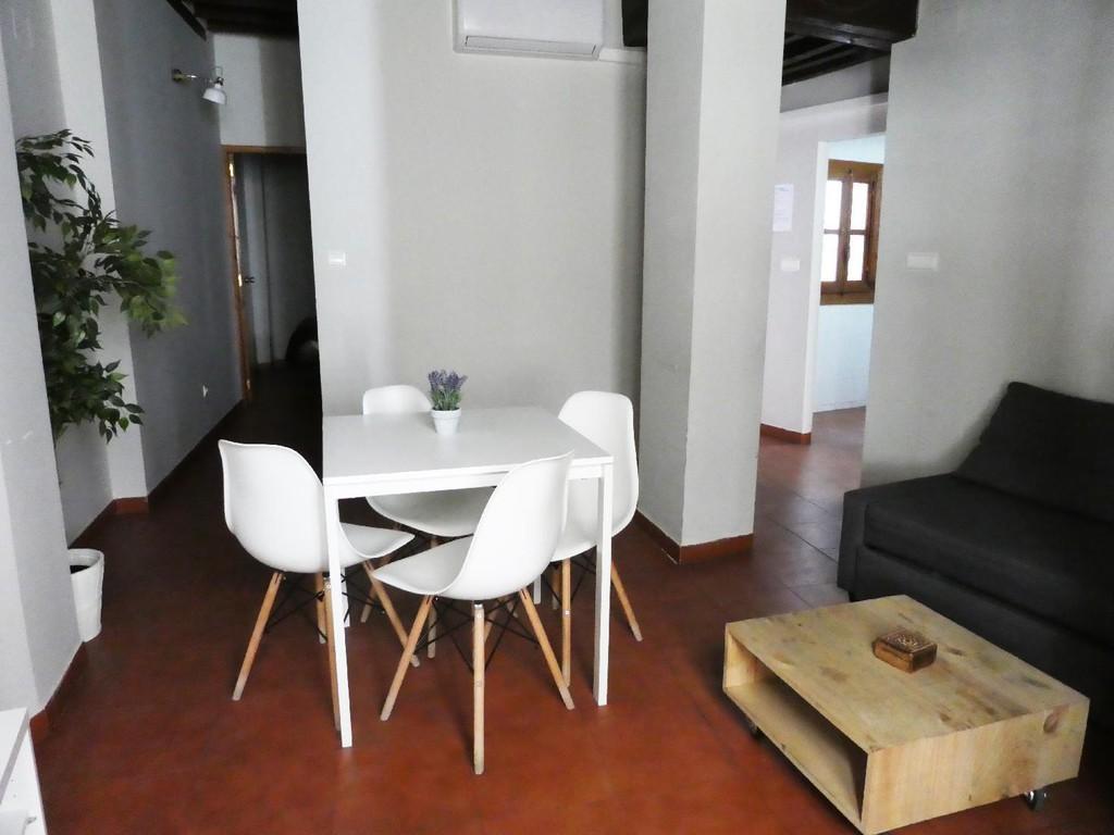 Foto 22 - Apartamentos Nahira Suites 3000