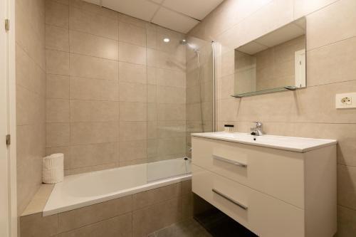 Photo 3 - Apartments Madrina