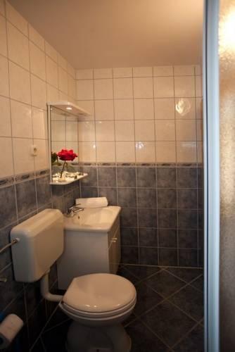 Photo 16 - Apartments Cetina