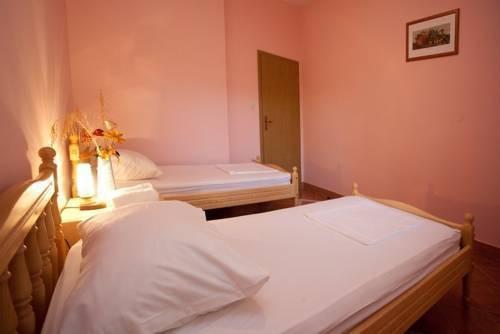 Photo 10 - Apartments Cetina