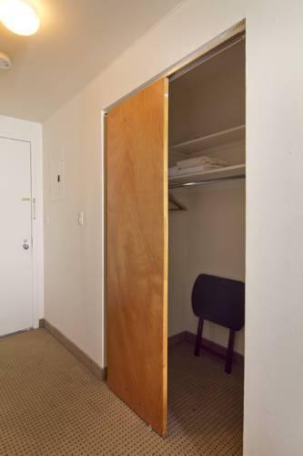 Photo 12 - Metro Apartments