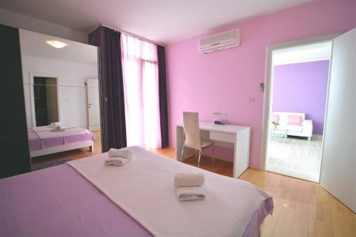 Photo 18 - Apartment Residence Ambassador