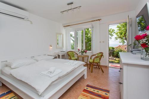 Photo 10 - Apartments Jelen