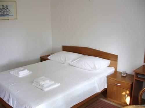 Photo 17 - Apartments Jelen