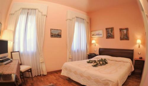 Photo 11 - Villa Crispi