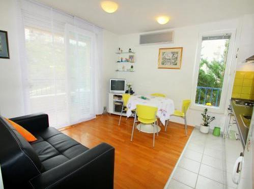Photo 3 - Apartment Ljiljana