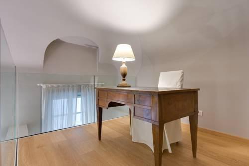 Photo 11 - Palazzo Del Carretto-Art Apartments