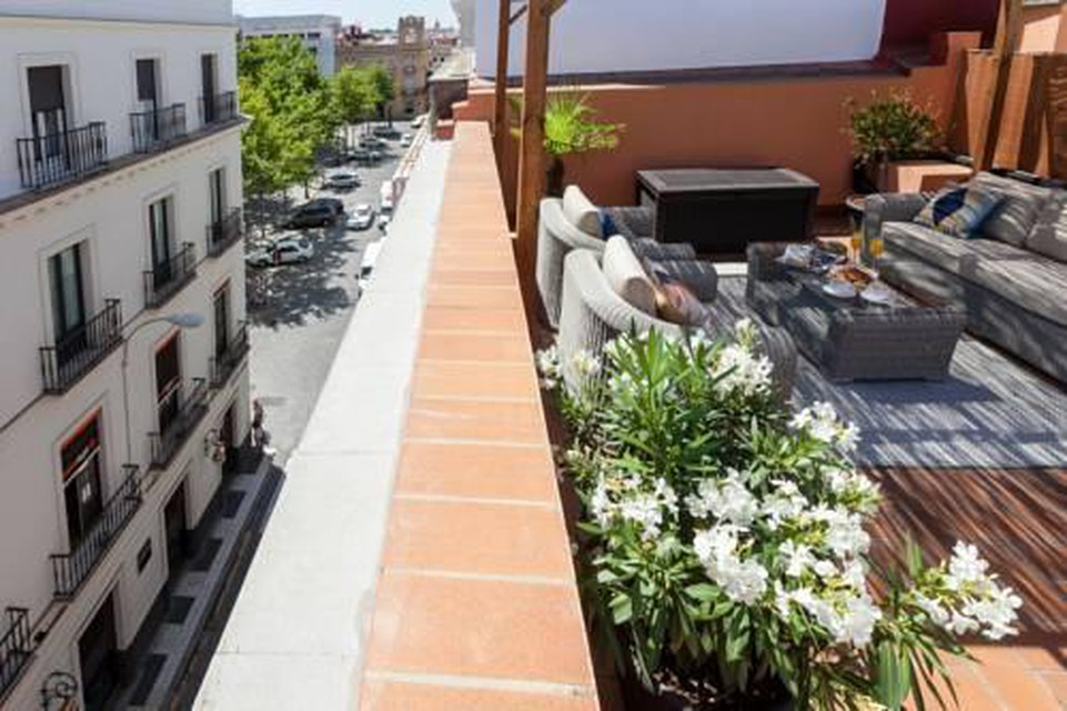 Photo 16 - Luxury Rooftop - Space Maison Apartments