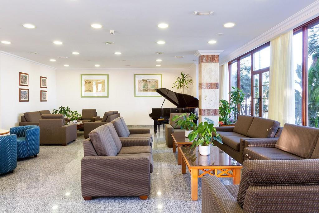 Photo 5 - Apartamentos Casablanca