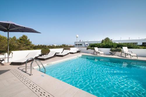 Foto 17 - Apartamentos Sunset Oasis Ibiza - Only Adults