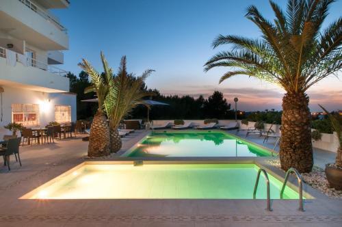 Foto 16 - Apartamentos Sunset Oasis Ibiza - Only Adults