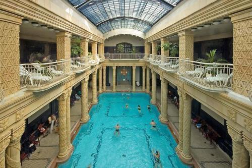 Photo 24 - Grand Market Luxury Apartments