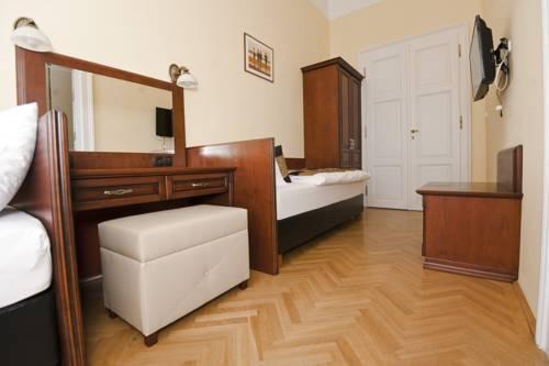 Photo 6 - Grand Market Luxury Apartments