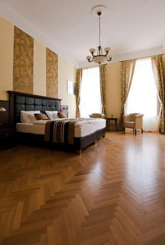 Photo 1 - Grand Market Luxury Apartments