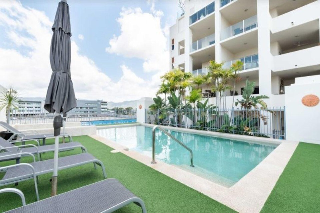 Photo 9 - Cairns City Apartments