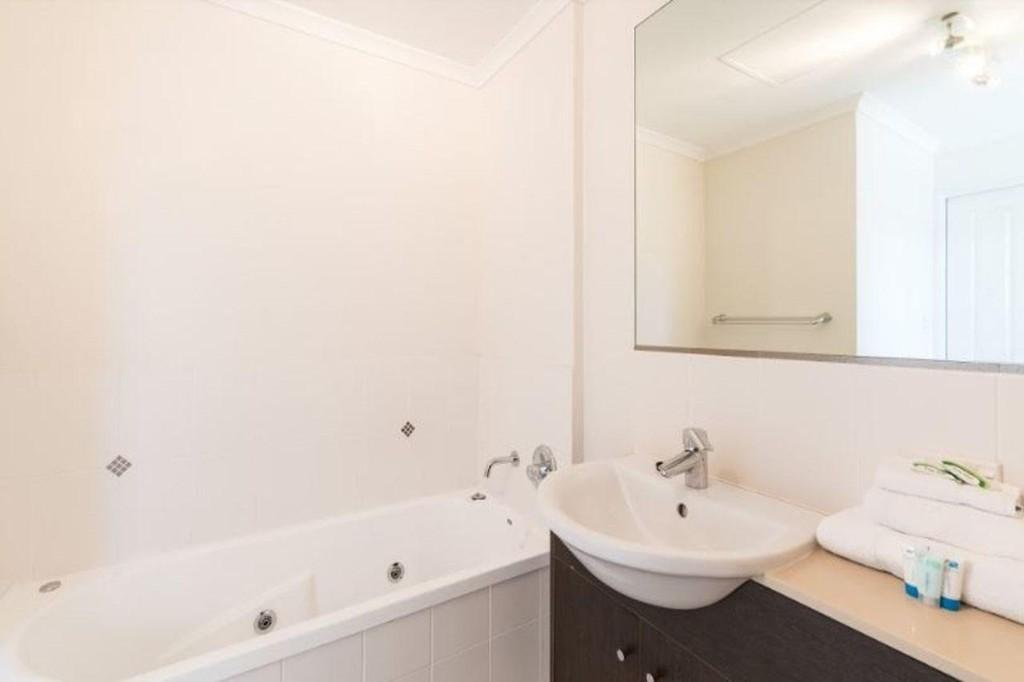 Photo 10 - Cairns City Apartments