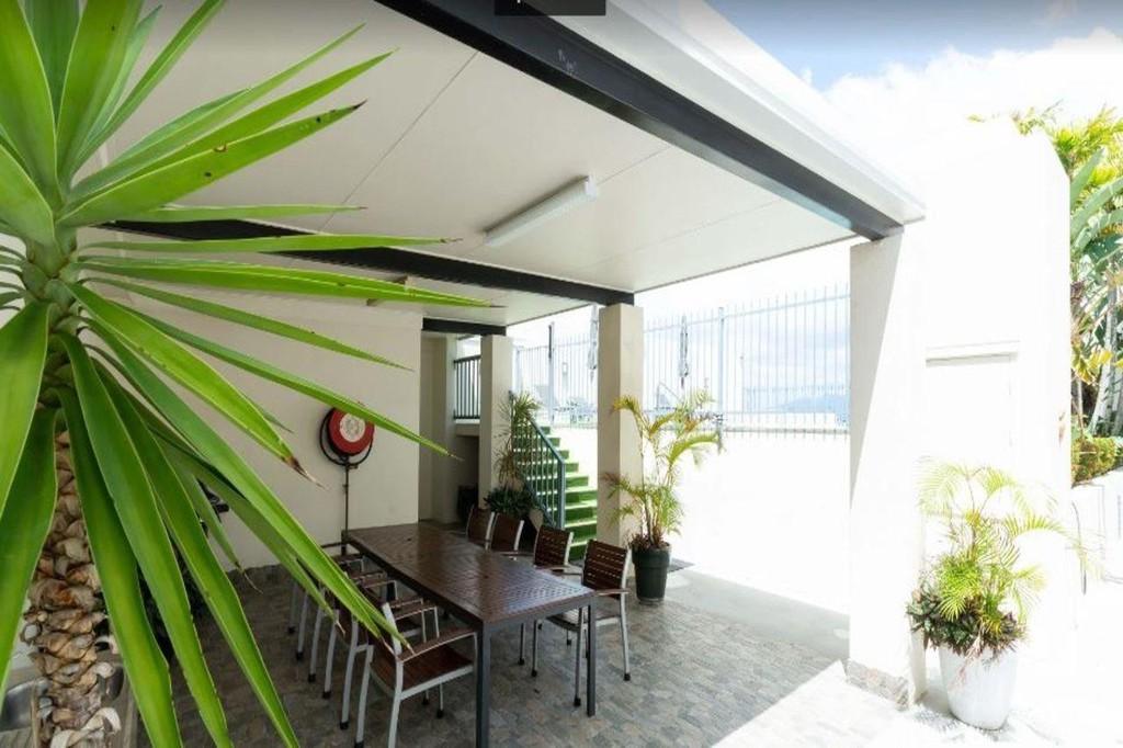 Photo 1 - Cairns City Apartments