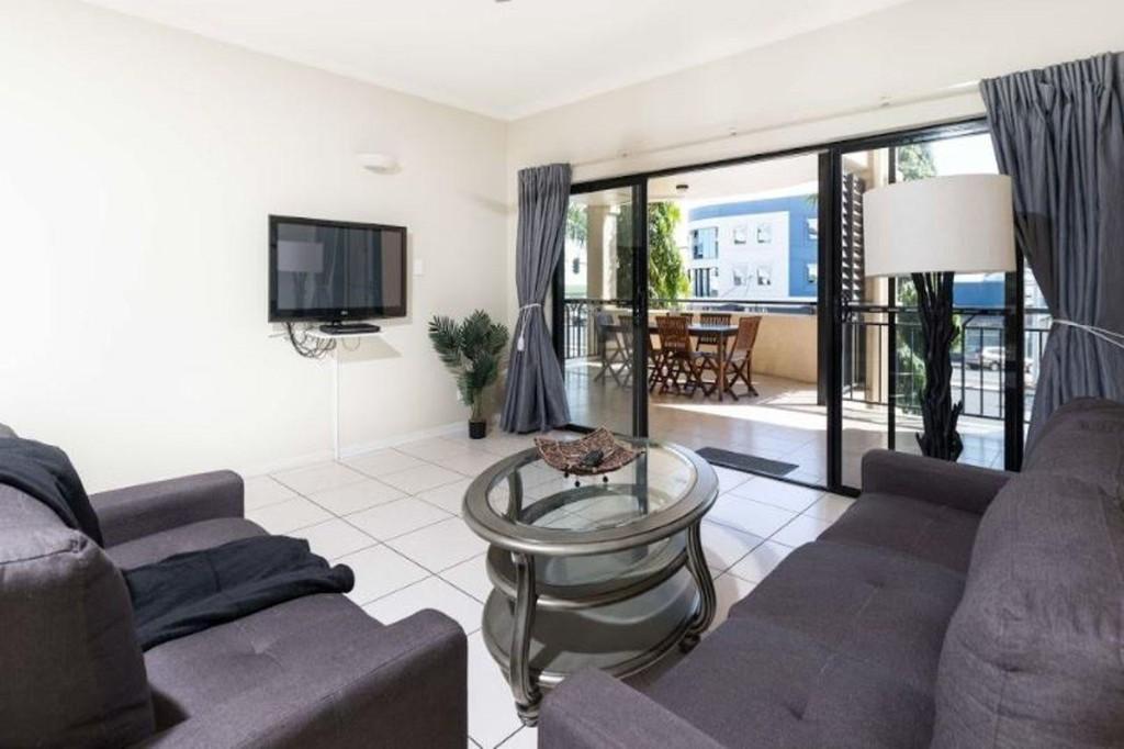 Photo 2 - Cairns City Apartments
