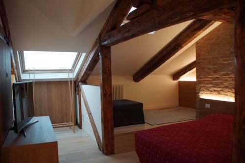 Photo 22 - Poli Grappa Suite
