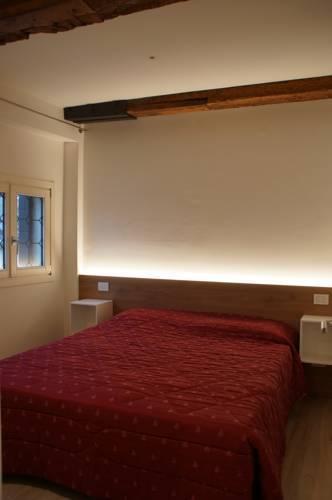 Photo 16 - Poli Grappa Suite